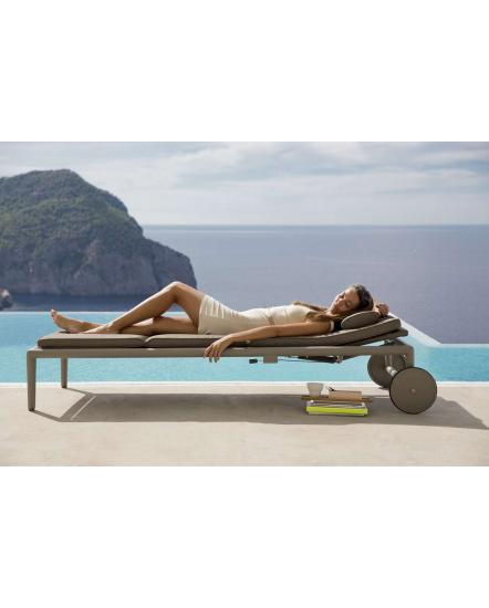 CONIC Sunbed w/ gas spring